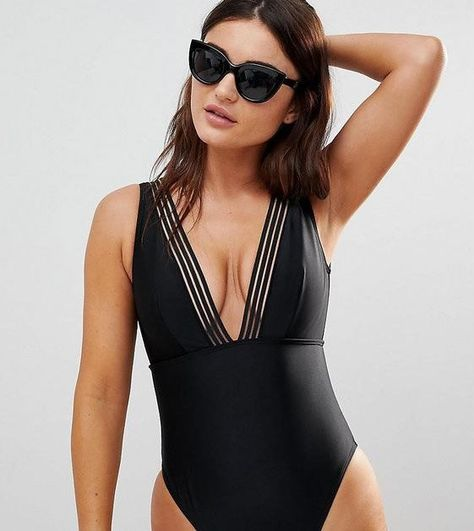 ee4e7b0a099094 16 Swimsuits for Big Busts That Are Cute AND Supportive - theFashionSpot