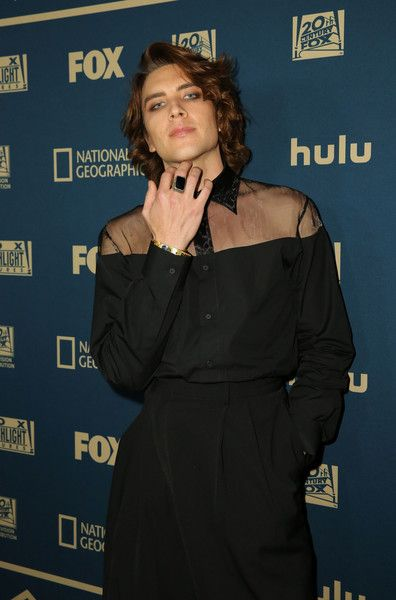 Cody Fern Photos - attends the FOX/HULU Golden Globe Awards viewing party and post-show celebration at The Beverly Hilton Hotel on January 2019 in Beverly Hills, California. - 2019 Hulu Golden Globe Awards After Party American Horror Story, Beautiful Men, Beautiful People, Fern Wallpaper, Fern Michaels, Foto Fashion, Dark Fashion, Attractive People, White Boys