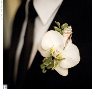 Thaxton Wedding - Groom's Boutonnierre