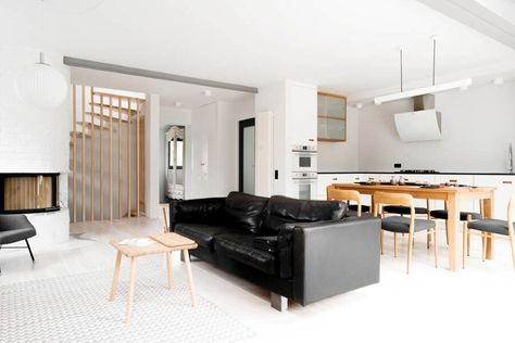 House in Gumieńce: Interior Design of a 100 Year Old House