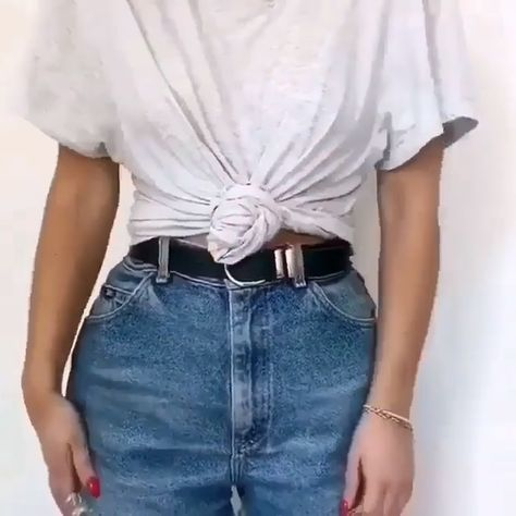Outfit video for denim short