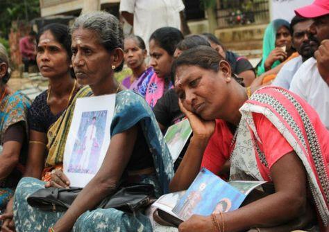 எமது கோரிக்கையினை உதாசீனம் செய்யாதீர்கள்: காணாமல் ஆக்கப்பட்டோரின் உறவுகள்! #Mullaitheevu #srilanka #Yaalaruvi #யாழருவி http://www.yaalaruvi.com/archives/21244