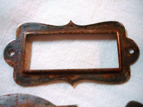 fast & easy Crusty Rusty Metal Patina = 1/4 c bleach + 1/4 c vinegar & soak overnight.