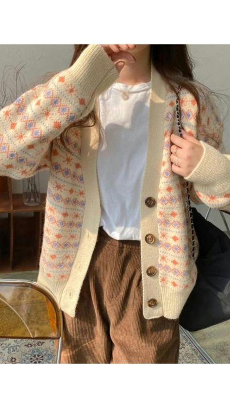 V-neck knitted long-sleeved cardigan coat