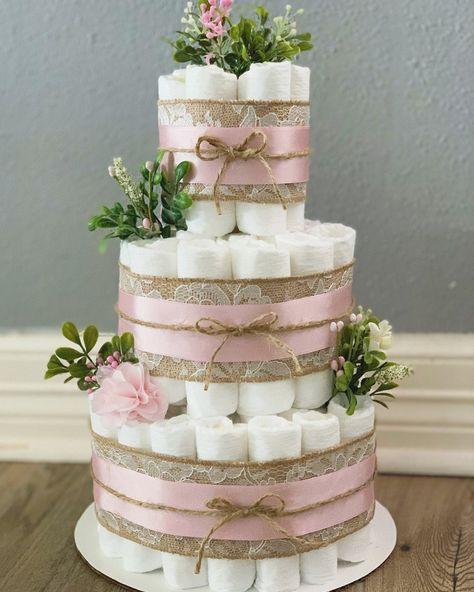 Pink Diaper Cakes, Princess Diaper Cakes, Diy Diaper Cake, Vintage Diaper Cake, Diaper Cakes Tutorial, Baby Girl Cakes, Girl Baby Shower Cakes, Girl Shower, Baby Shower Flowers