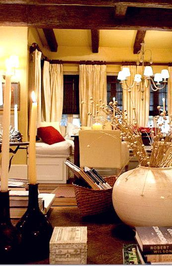 Inside Bella and Edward's cottage   Twilight Saga - Behind The Scenes    Pinterest   House, Twilight house and Living rooms