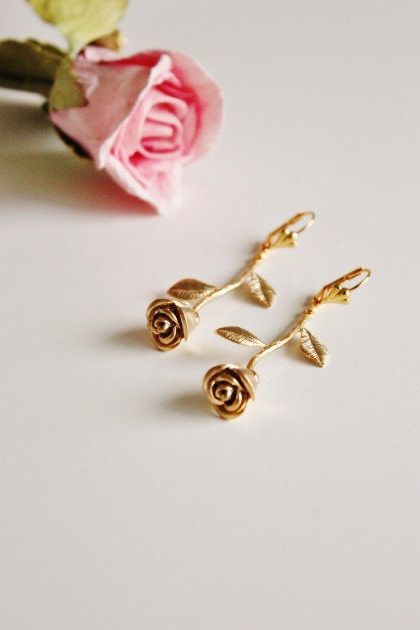 Gold Rose Earrings Rose Earrings Dangle Earrings Garden Etsy In 2020 Rose Gold Earrings Spring Wedding Jewelry Rose Earrings