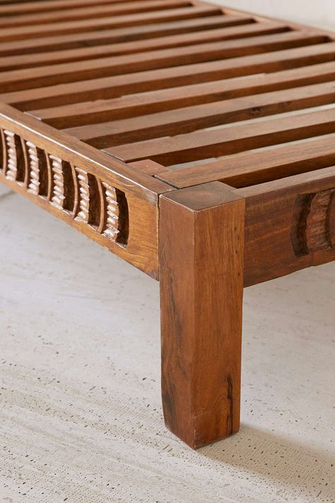 Amira Carved Wood Daybed Sofa S
