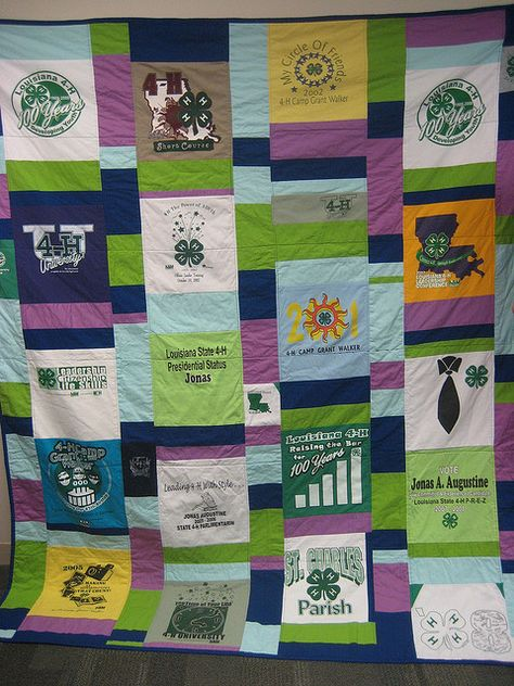 We love this awesome T-Shirt Quilt- what a great way to preserve 4-H memories! Quilt by theplaidscottie, via Flickr
