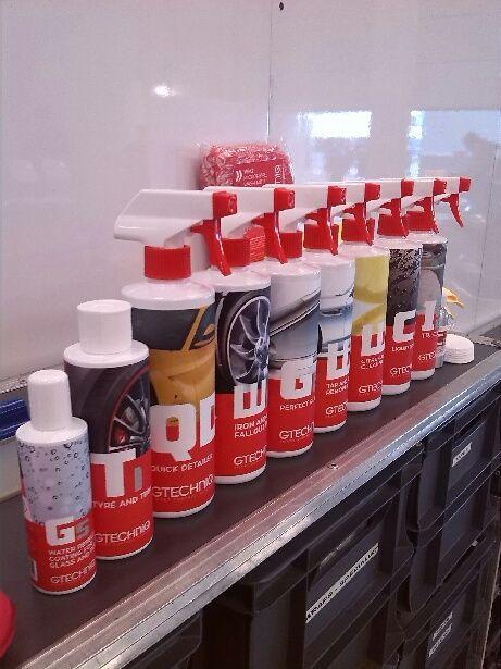 Gtechniq Products In The Amr Garage Produtividade