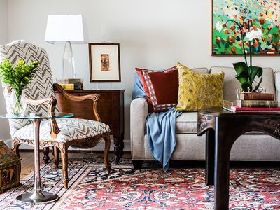 6 Must Know Decorating Tips For Your Living Room Modern Traditional Living Room Traditional Decor Indian Living Rooms