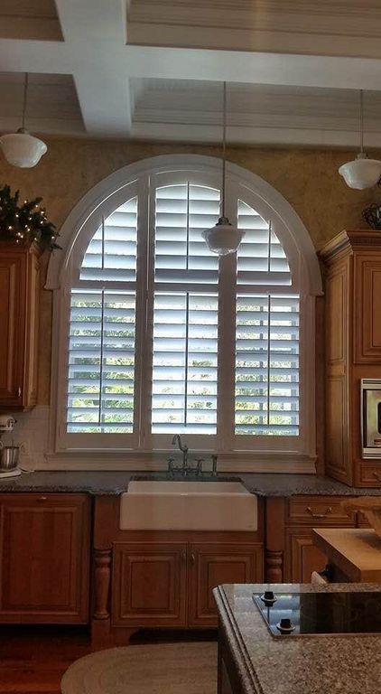 20 Various Arch Window That Will Make Your Home More Beautiful
