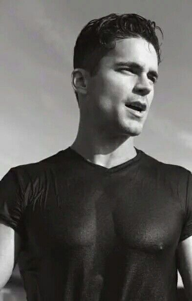 Love the vest | Matt bomer white collar, Matt bomer, Matt