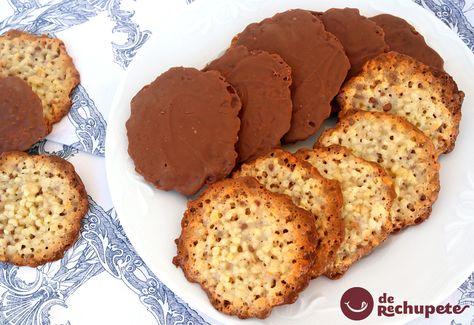 Moscovitas. Galletas asturianas de almendra y chocolate -  http://www.recetasderechupete.com/moscovitas-galletas-asturianas-de-almendra-y-chocolate/11362/ #receta #derechupete