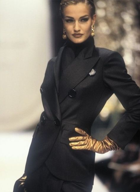 """a-state-of-bliss: """"Karen Mulder @ Christian Dior Haute Couture Fall/Wint 1991 """""""