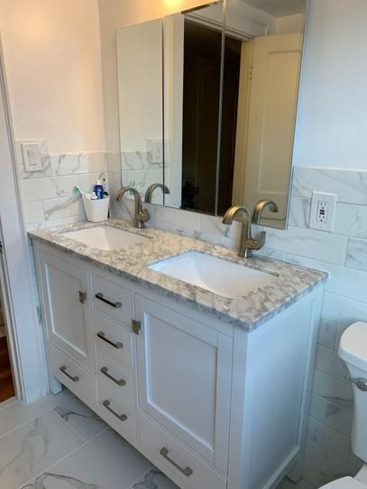 Eviva London 48 In X 18 In Transitional White Bathroom Vanity With White Carrara Marble And Double Porcelain Sinks Tvn414 48x18wh Ds The Home Depot In 2021 48 Inch Bathroom Vanity White Vanity 48 x 18 bathroom vanity