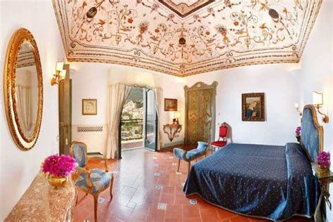 Italian Bedroom Decorating Ideas In