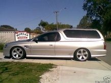 Holden VZ SS Ute With Carryboy Canopy