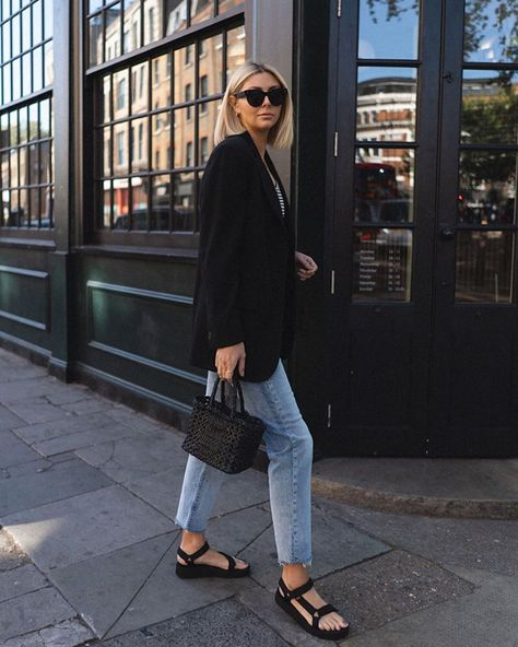 Everyone on social media is obsessed with these £40 sandals