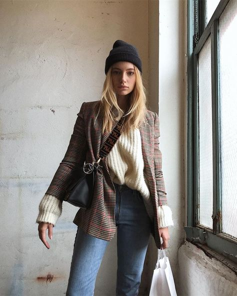 How to Master the Layered Blazer Look for Winter — Maya Stepper in a Black Bea. - How to Master the Layered Blazer Look for Winter — Maya Stepper in a Black Beanie, Plaid Blazer, Beige Sweater, Fendi Bag, and Jeans Source by - Look Blazer, Casual Blazer, Plaid Blazer, Beige Blazer Outfit, Style Blazer, Brown Blazer, Checked Blazer, Blazer Dress, Casual Jeans