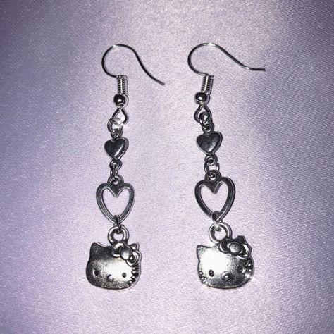 Earrings Uk, Cute Earrings, Cute Jewelry, Jewelry Accessories, Grunge Jewelry, Accesorios Casual, Metal Clay Jewelry, Jewelry Tattoo, Handmade Silver