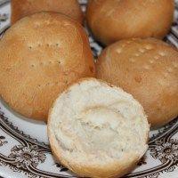 In 5 stappen harde broodjes uit je eigen oven!