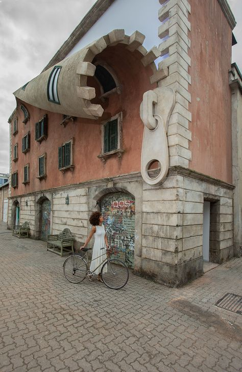 """British artist Alex Chinneck, known for his subversive installations,""unzipped"" the facade of an old building in Milan, Italy (Photo: Marc Wilmot)"" 3d Street Art, Street Art Graffiti, Best Street Art, Amazing Street Art, Banksy, Art Et Architecture, Amazing Architecture, Installation Architecture, Wow Art"