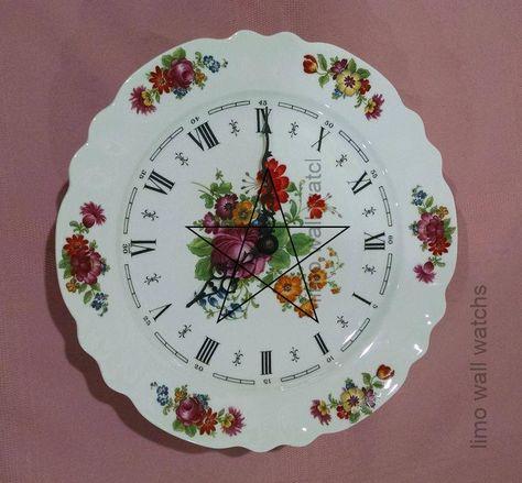 Limoges #Floral #Plate #Wall #Clock # - #Le #Trefle # - #Bulova #Watch #Movement # - #France # - #Kitchen #Clock # - #Français #Porcelain # - #Vintage #Home #Décor #by # ClassyVintageGlass #on #Etsy, #Bulova #ClassyVintageGlass #clock #Decor #Etsy #Floral #français #france #Home #Kitchen #Limoges #Movement #Plate #Porcelain #Trefle #vintage #wall #Watch,Horloge murale en plaque florale de...