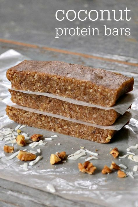 This coconut protein bar recipe is so delicious, and it's very easy to make. You just need 4 basic ingredients to put together this higher protein snack. All clean eating ingredients are used for these healthy protein bars. Pin now to make later! High Protein Snacks, Low Carb Protein Bars, Protein Bar Recipes, Healthy Bars, Protein Foods, Healthy Sweets, Snack Recipes, Home Made Protein Bars, Sugar Free Protein Bars