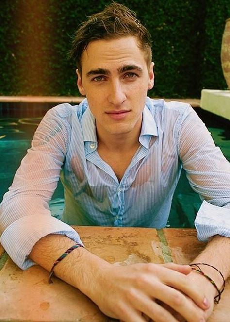 ladies & gentleman, my future husband Kendall Schmidt.