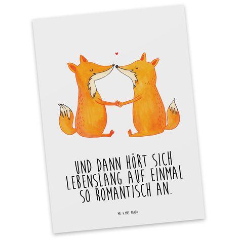 Postkarte Füchse Liebe aus Karton 300 Gramm  weiß - Das Original von Mr. & Mrs. Panda.  Jedes wunderschöne Motiv auf unseren Postkarten aus dem Hause Mr. & Mrs. Panda wird mit viel Liebe von Mrs. Panda handgezeichnet und entworfen.  Unsere Postkarten werden mit sehr hochwertigen Tinten gedruckt und sind 40 Jahre UV-Lichtbeständig. Deine Postkarte wird sicher verpackt per Post geliefert.    Über unser Motiv Füchse Liebe  Die Fox Edition ist eine besonders liebevolle Kollektion von Mr. & Mrs. Pand