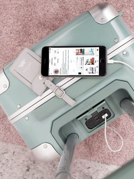 Here are 9 cute luggage sets for women that you'll truly love. This round-up includes vintage leather suitcases, personalized luggage, tech-savvy suitcases and luxury cases that all ooze both personality and robustness. Arlo Skye turquoise carry-on luggage with chargeable USB phone port.