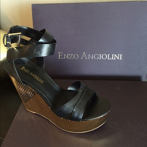 1dc6ee6bf03 Enzo Angiolini Zamaz Open Toe Wedges Black leather straps with gold platform.  Excellent condition