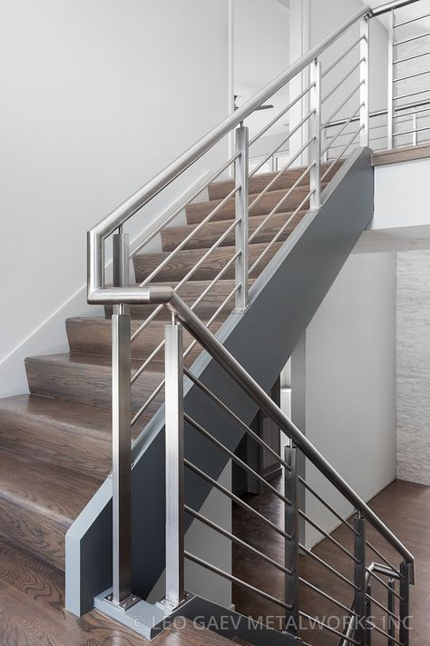 Railing Stainless Steel Guardrail With Images Stair Railing Design Modern Stair Railing Railing Design