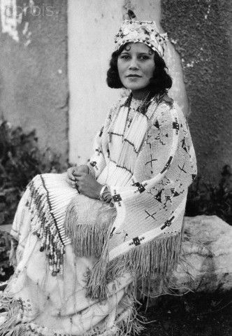 native american women in the 1800s The white slave tattooed by her native american family, full-body fanatics of the 1920s and cancer victims who opt for 'ink bras' instead of new breasts: a fascinating history of women with tattoos.