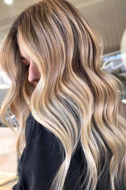 Wheat Blonde Is Every Indecisive Blonde S Perfect Hair Color For Fall 2019 Perfect Hair Color Blonde Lowlights Beige Blonde Hair