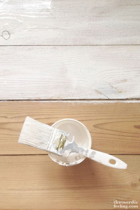 DIY White Oiled Floors // How to give your floors that nordic look. My favorite kind of floor.