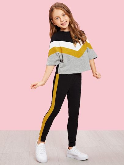 To find out about the Girls Batwing Sleeve Color Block Top & Pants Set at SHEIN, part of our latest Girls Two-piece Outfits ready to shop online today!