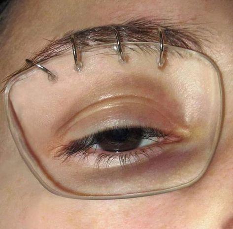 When u hate wearing glasses #funny #memes