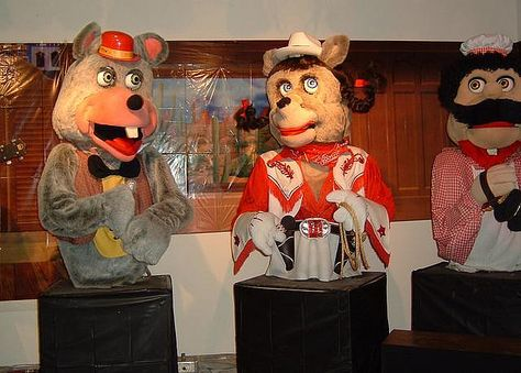 Harmony Howlette Chuck E Cheese Showbiz Pizza Retro