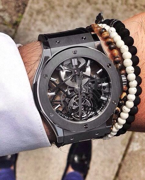 Grey skeleton hublot watch is epic... When you see all the mechanism moving it's magical. Check more photos in my instagram http://ift.tt/2kMwxfr