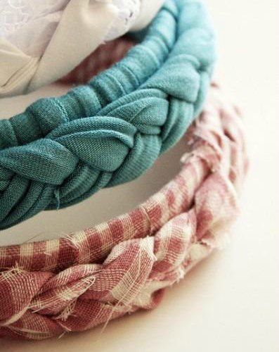 3 no-sew ways to #upcycle your old t-shirts - braided headbands, tote bags, and fabric flowers. #crafty #funforkids