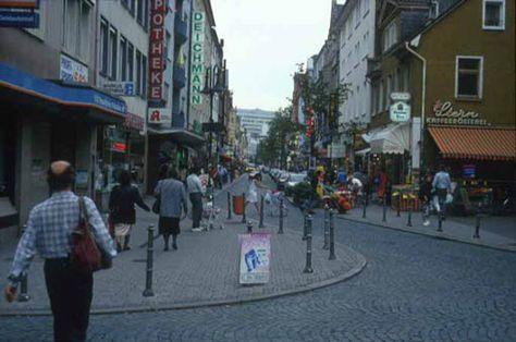 A traffic calmed precinct in Frankfurt's Bockenheim district