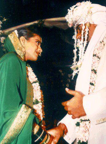 Ajay Devgn And Kajol Wedding Photo