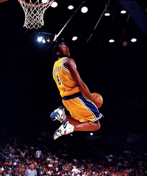 Kobe Bryant Lakers, Kobe Bryant Dunk, Kobe Bryant Family, Kobe Bryant Michael Jordan, Michael Jordan Basketball, Dear Basketball, Basketball Anime, Street Basketball, Basketball Legends