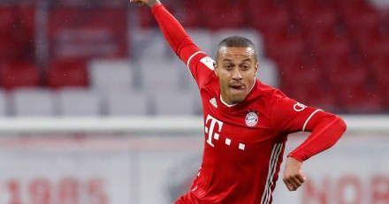 Bayern Munich Hansi Flick Wants To Keep Liverpool Linked Thiago Alcantara Allianz Arena Premier League Champio In 2020 Bayern Munich Premier League Champions Bayern