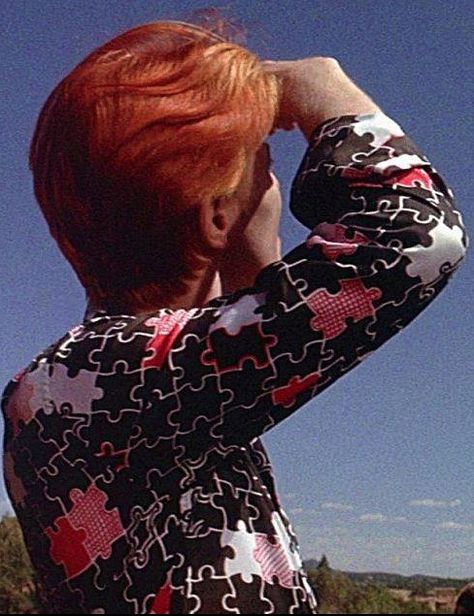 1976 - David Bowie as Thomas Newton and Nicolas Roeg in The Man Who Fell To Earth.