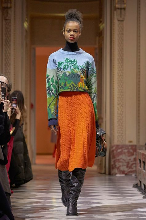 Kenzo La Collection Memento Fall 2018 Ready-to-Wear Collection - Vogue