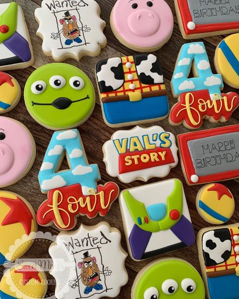 Toy Story cookies for Val's birthday! - Toy Story cookies for Val's birthday! Toy Story Party, Toy Story Birthday Cake, 2nd Birthday Party Themes, Toy Story Theme, Fourth Birthday, Birthday Cookies, First Birthday Parties, First Birthdays, Toy Story 3