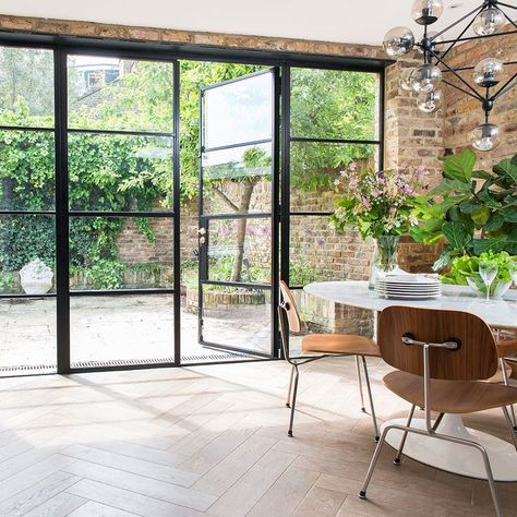 Crittall windows –everything you need to know about black steel frames